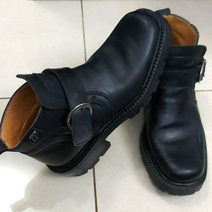 ALDO black leather boots made in Italy Size 40